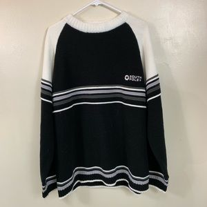 SOUTH POLE BLACK AND WHITE SWEATER SIZE XL